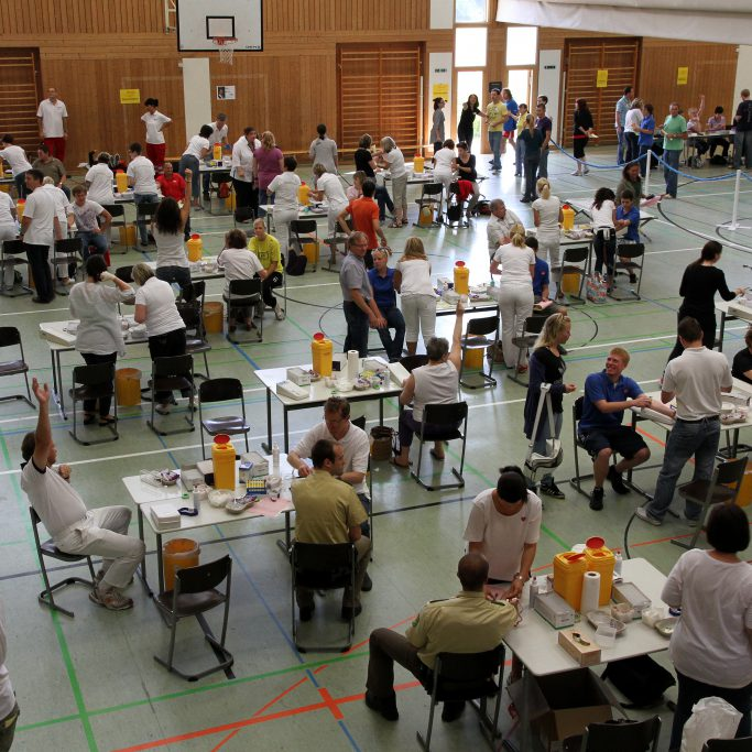 2010_Schwetzingen_Blutabnahme von oben